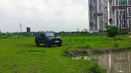 印度的塔塔汽车到底有多牛? 水里开一圈就知道了!