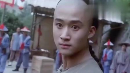 功夫小子闯情关: 光头计春华被吴京揍得鼻青脸肿, 这部戏还记得吗?