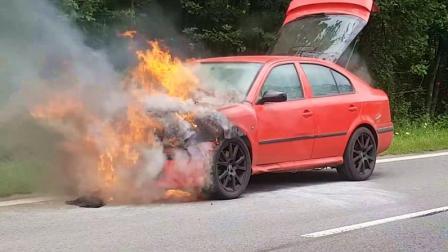 老外把车改成烧液化石油气的, 半路发生意外, 这保险都不赔吧?