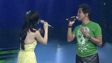 杨钰莹太激动了, 第一次与自己偶像合唱情歌, 小心脏都快跳出来了