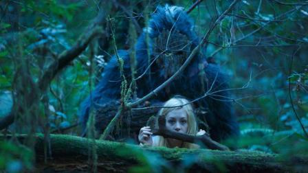 几分钟看完血浆恐怖电影《原始狂暴大脚怪传奇》, 凶兽掠夺人类美女饲养