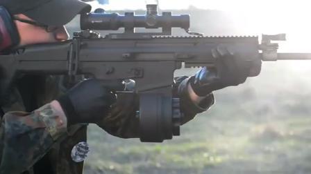 野外实弹射击测试SCAR-H步枪, 射速快火力猛, 关键是后坐力还小
