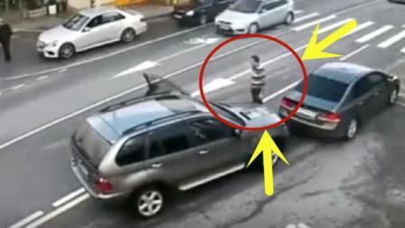 一点小磨蹭, 没想到两个路怒症司机, 竟然在犯了怒路症, 下秒悲剧了
