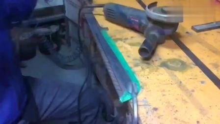 民间牛人, 一块废铁皮就能制作一把锋利的刀, 太