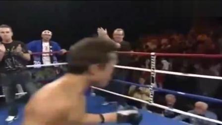日本拳手疯狂挑衅后被狂虐, 赛后不服打裁判, 最后被群殴!