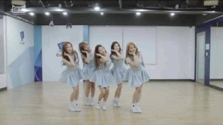 舞蹈是一种艺术: 女孩子这么穿、这么跳舞太可爱了, 腿比张柏芝的还要长
