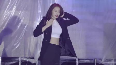 韩国女团Tara朴智妍个人秀, 现场热情演绎歌曲一分一秒, 太撩人了