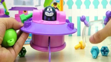 面包超人的UFO工具箱儿童玩具, 外星人来袭啦