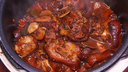 电饭煲焖猪脚, 告诉你最详细的做法, 一个人吃3斤猪脚不够吃!