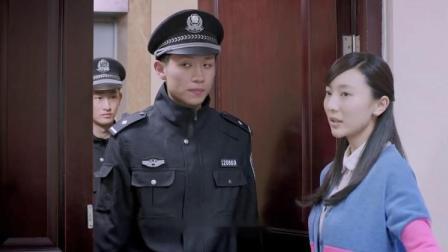 丈母娘带着警察来女婿家,不料女婿拿出一个证,警察立马就走了