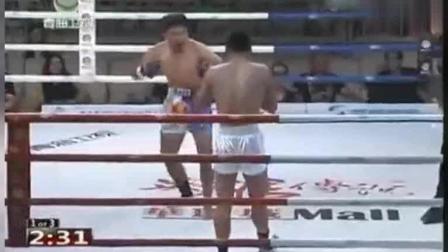 日本拳手大言不惭要KO中国人, 结果被打跪在擂台!