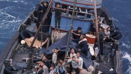 """30万越南难民涌入中国, 一直""""赖""""着不走, 做梦"""