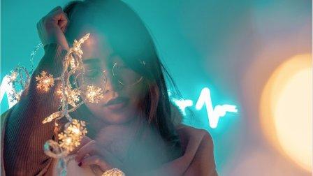 【S3E20】圣诞节如何用10块的圣诞灯饰拍出10万感觉的大片BRANDON WOELFEL
