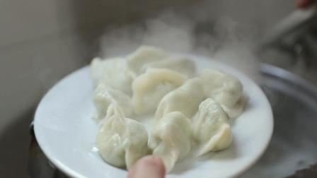 大连鲅鱼饺子店任性老板, 每天卖完30斤鲅鱼水饺就关门!