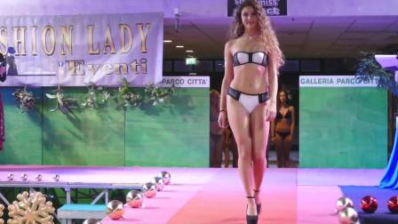 Galleria Parco巴黎时装周比基尼泳装秀, 模特身材高挑, 这造型很大胆啊!