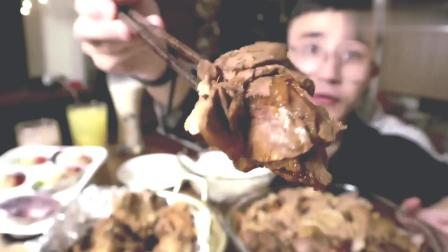 肥羊酱牛肉螺蛳粉粉丝蒜蓉蛤蒜香炸鸡! 太会吃了, 我已经馋了