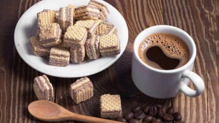 喝咖啡的禁忌, 它不能与那些东西一起食用, 工作喝咖啡是好是坏?