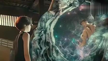 《不可思异》王宝强像婴儿一样飘在外星人的肚子里, 其中的含义有几个人看懂了?