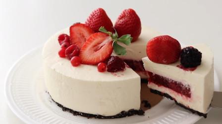 不用烘烤的圣诞草莓芝士蛋糕, 酸甜顺滑的美味甜点