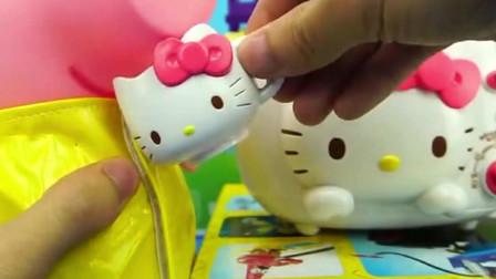 凯蒂猫发明了一个烤面包机, 给小猪佩奇看看好不好用吧