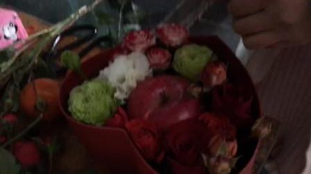 鲜花店老板及时创意, 平安夜的苹果应该这样送, 温暖你的圣诞节