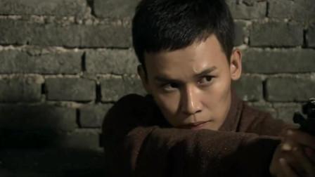 苍狼: 秦枫率领苍狼突击队, 将鬼子的炮楼端掉