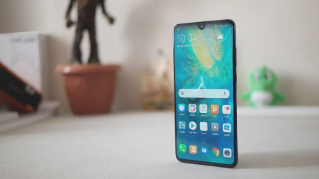 华为2018年手机出货突破2亿, 推出限量纪念版