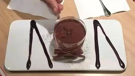 风味人间: 冲绳黑糖珍珠爆浆蛋糕, 美极了