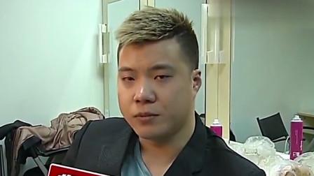 黄毅清炫富晒银行卡余额