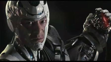 用金刚钻都不行, 必须要用麒麟臂打入机器人身体, 把机器心脏掏出来