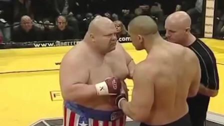 这些胖子都太能打了, 肌肉男被打惨了!