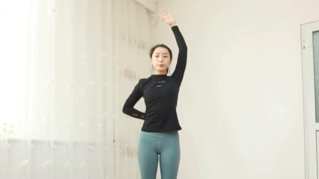 肩背僵硬不灵活试试这组瑜伽, 帮你挺直腰板, 全方位灵活肩部