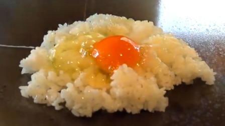 日本铁板炒饭享受的只是过程, 炒饭果然还是老妈做的好吃