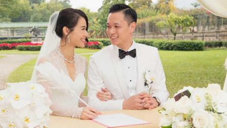 相恋七年都未等来婚礼, 如今胡杏儿结婚三年, 纪念日老公甜蜜告白