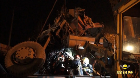 山东济南: 凌晨半挂车撞向防护栏 一人被困消防急救援