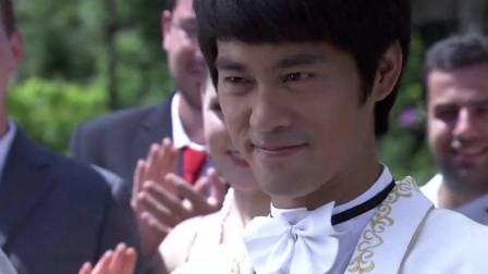 李小龙与琳达终于要结婚了 从此执子之手 与子偕老!