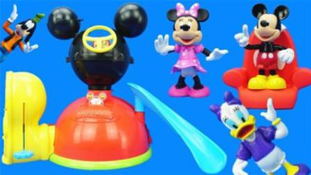 米奇妙妙屋米老鼠的游乐场主题儿童玩具
