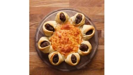 西餐西式糕点教学: 美式牛肉丸子奶酪披萨教程