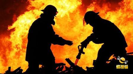 广东中山 东升镇一厂房遭垃圾堆引燃起火