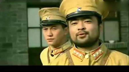 日军毒打伪军排长, 不料激怒伪军, 伪军发动兵变用机枪日军