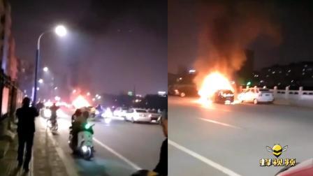 山西朔州一小轿车突发自燃 消防部门及时将火扑灭