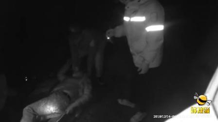 浙江永康一名醉汉掉入十余米深坑 救出时已全身骨折