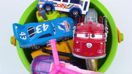 学习认识自卸卡车 挖掘机等多种汽车 趣味识汽车