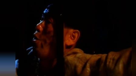 【搞笑】铁骨铮铮的正义之士陈百祥, 开始是硬汉, 结果怂的好快!