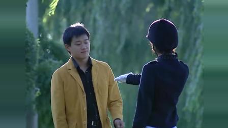 王珞丹不让佟大为用马鞭子牵她, 非要牵手