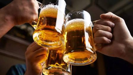 牛人發明作弊酒杯, 有了它, 誰也喝不過你!