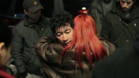 绑匪被抓获,第一时间要求见爱人,当着警察的面玩这事儿