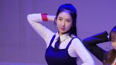 这靓丽的小身材让人心旷神怡, 韩国Blah Blah (雪华)