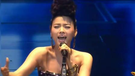 陈思思, 香港红磡演唱会歌两首《千千阙歌+千言万语》不输原唱!