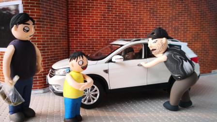 偷父子俩轻松制胜偷车贼, 小偷偷车不成倒赔500落荒而逃